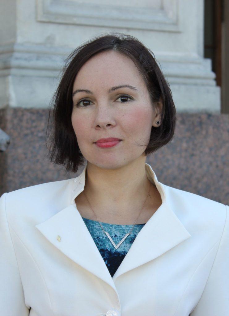 Юлия Александровна Грачева, к.б.н., директор НП «Экологический союз», член совета директоров Всемирной ассоциации экомаркировки (GEN), руководитель органа по сертификации системы «Листок жизни»